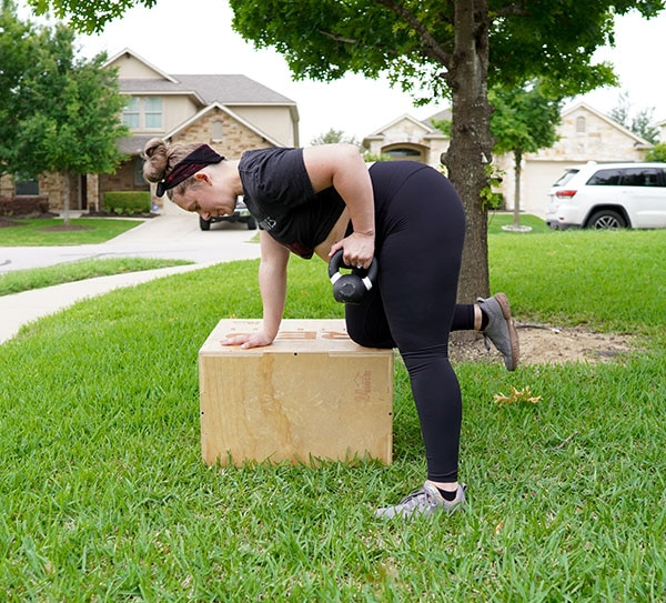 pregnant woman doing back exercise for SI joint pain